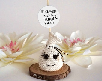 I love you to the moon and back. Funny scented sachet with gift box and customizable message.