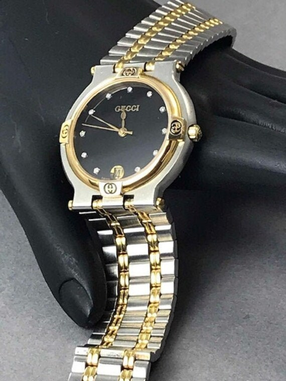 Gucci 9000M Diamond Face Watch