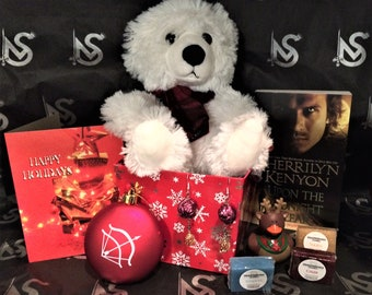 Dark-Hunters® Holiday Gift Set with Plush and Book