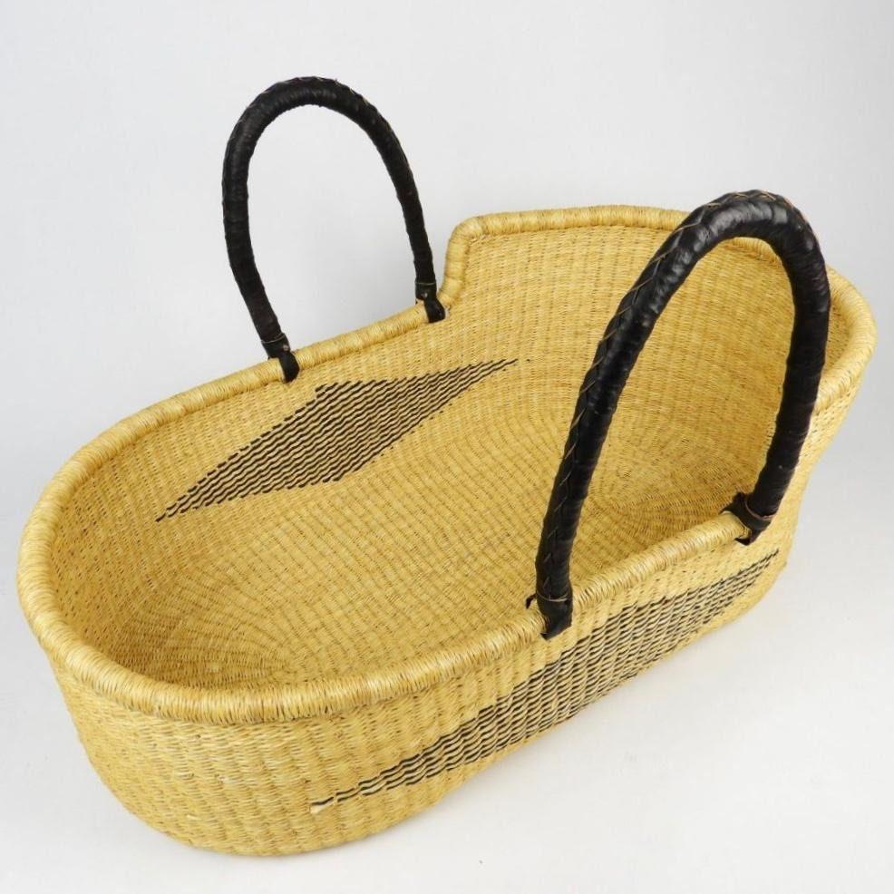 Portable Baby Nest/Moses basket/Handwoven baskets/Nature handwoven basket/Natural straw handwoven basket