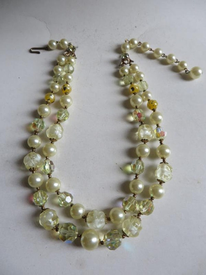 Precious Elegant Necklace-Choker-faux Beads-Lucite-AB Crystal-Rhine-50s-50s60s-60s-USA!