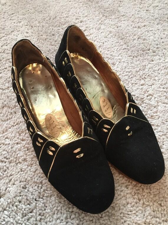 1940s Left Bank Bottier Black Velvet Wedges Size 6