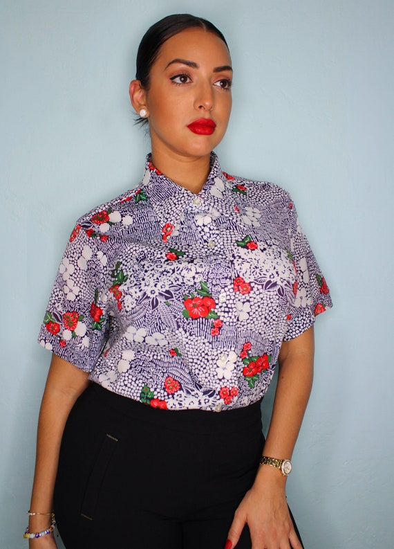 Vintage 1970s Dagger Pointy Collar Floral Hibiscus