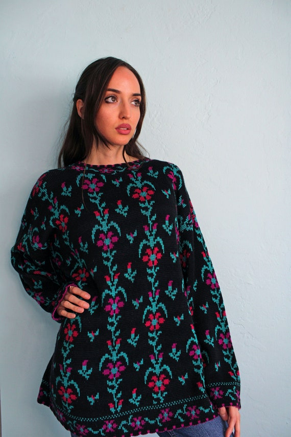 Oversized Retro 80s Floral Sweater