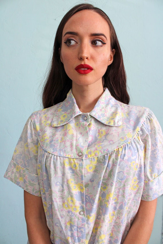 Vintage 1960s Floral House Dress with Peter Pan C… - image 2