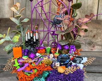 Miniature Garden - Halloween Miniature Garden, Halloween Party Favor, Halloween Decoration, Halloween Centerpiece, Halloween Gift