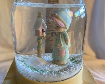 Snow Globe Transparent Ball Figurine Vintage ~ 20-01-71 Precious Moments Ocean Sea Mermaid with Treasure Chest Toy Shell