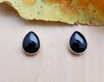 Black Onyx Smooth Teardrop Brioletts 6x8-7x9mm