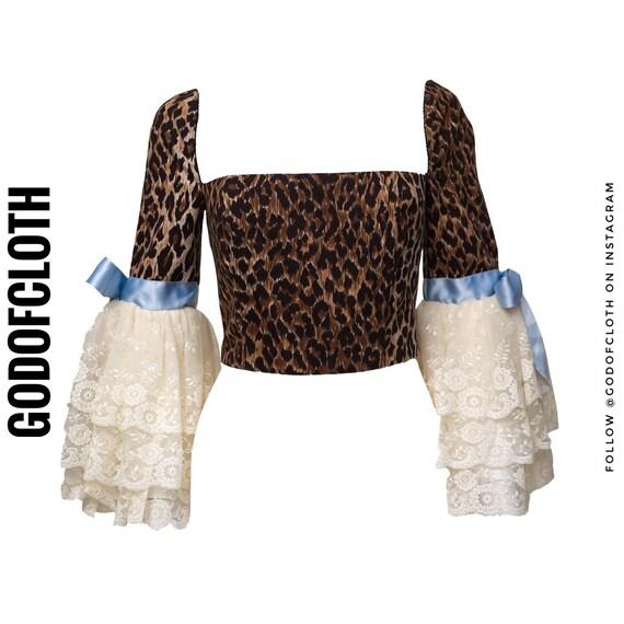 Dolce and Gabbana Leopard Print Victorian Sleeve C