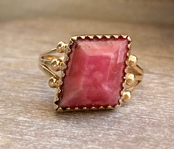 14K Gold Vintage Rhodonite Ring