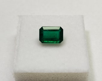 3.00Cts Natural Colombian Emerald Carved Gemstone Good Quality Loose Gemstone for Jewellery making at Wholesale Price 100/%Natural