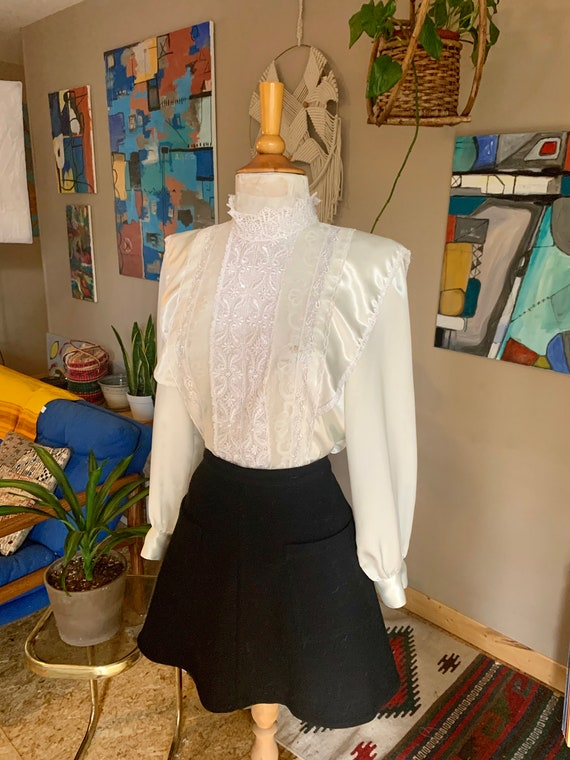80s vintage prairie shiny Blouse with front lace p