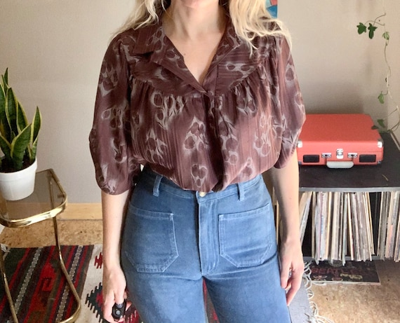 70s-80s vintage brown smocked blouse in abstract f