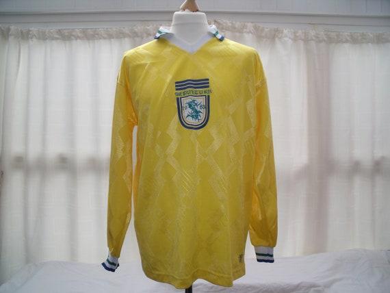Vintage Sepultura long sleeved yellow football shi