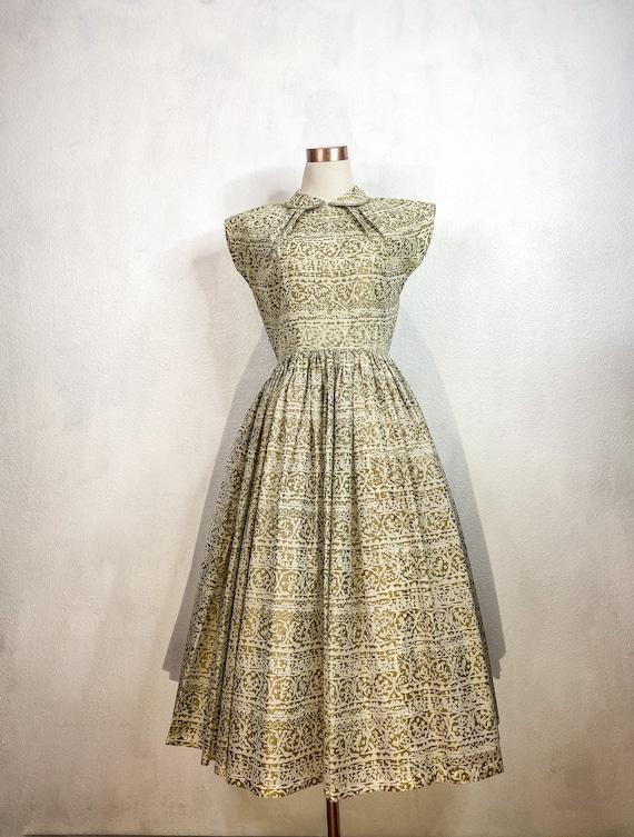 1950's/1960's Gold Swing Dress Medium