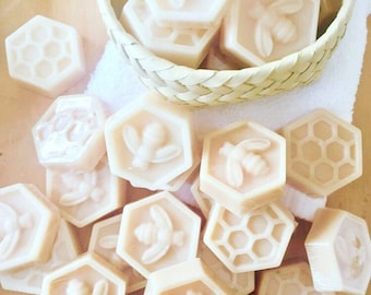 Bee Honeycomb Silicone Soap Mold - 19 cavities - Honeycomb soap mold Bee silicone molds plaster mold Ice mold silicone mold chocolate mold