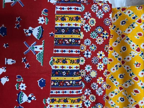 100/% Cotton Fabric Debbie Mumm SouthSea Imports Folk Art on Blue Check