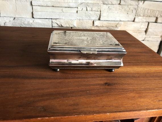 Vintage Silver Plate Jewelry Box / Trinket Box