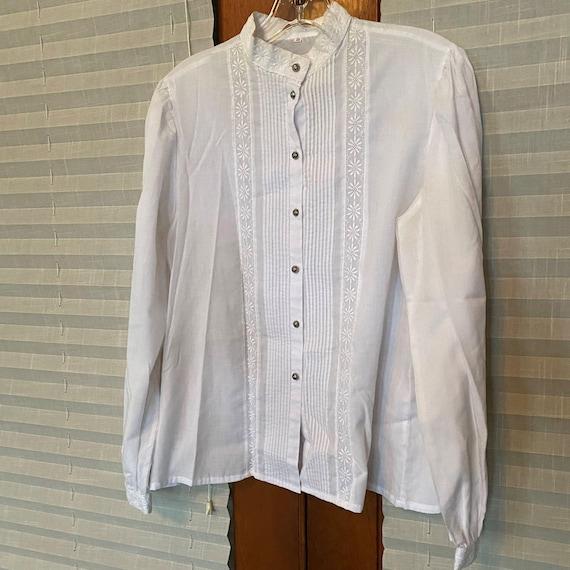 Vintage White Blouse Mandarin Collar, Pintuck fron