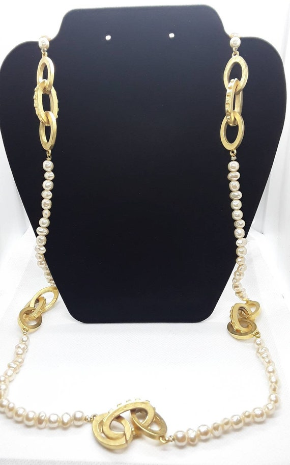 Vintage Pearl and Gold Long Necklace - image 2
