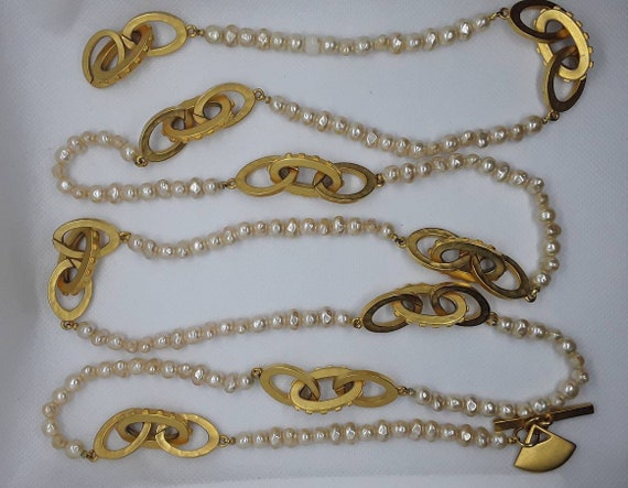 Vintage Pearl and Gold Long Necklace - image 5