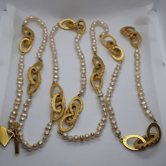 Vintage Pearl and Gold Long Necklace - image 3