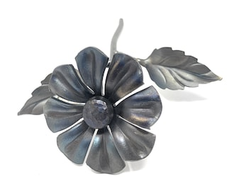"Silvertone Metal 2.5/"" Daisy Flower with Handle Cookie Cutter Art Mold"