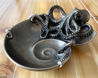Decorative Handmade Spiral Shell Octopus Tray
