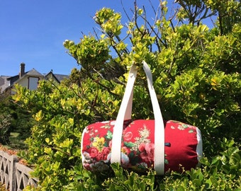 EsKale duffel bag in upcycled vintage fabric (sports bag, travel bag, weekend bag)