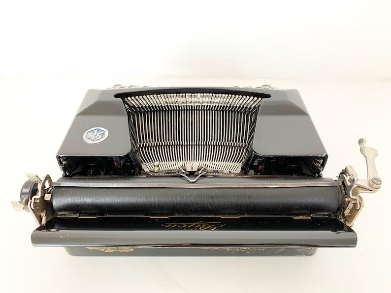 Christmas Gift Bijou Model 5 Typewriter 1941 Fully Working Typewriter QWERTY