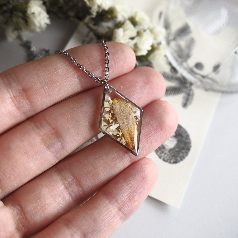 Stainless steel Real flower necklace Epoxy resin pendant Botanical