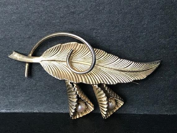 Pearl leaf feather bunch brooch vintage gold,Vint… - image 3