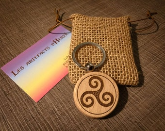 Triskel round spiritual and metal customizable key holder