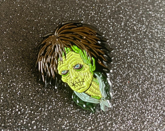 Hocus Pocus Billy Butcherson Halloween Pin Winifred Sanderson