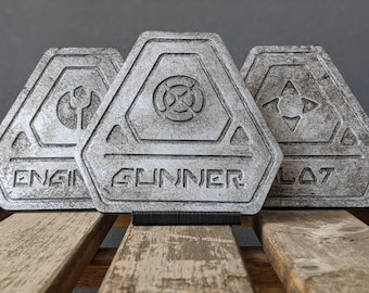 Galaxy's Edge Smuggler's Run | Decorative Cockpit Insignia Emblem Plaques | Millennium Falcon at Batuu