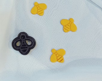 Embossed Bee Cutter
