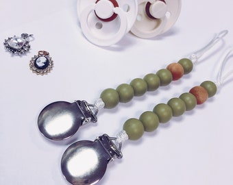 the boho collection - pacifier clip