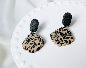 Leaf Texture Dangle Earrings