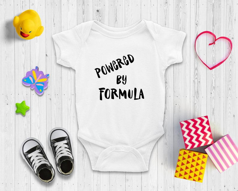 Cute Baby Shower Gift Powered by Formula Short and Long Sleeve Baby Bodysuit Funny /& Cheeky Baby Baby Announcement
