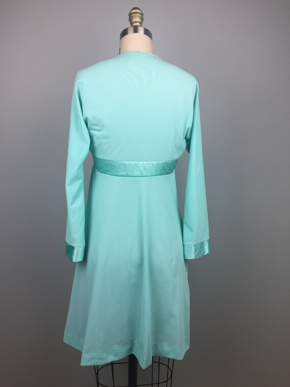 Mint Green 1970's Two Piece Nightgown - image 9
