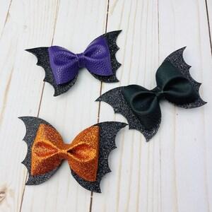 Mama Bow VAMPY halloween bow spooky hair bow halloween hair bow vampire hair bow spooky bow twilight hair bow vampire bow