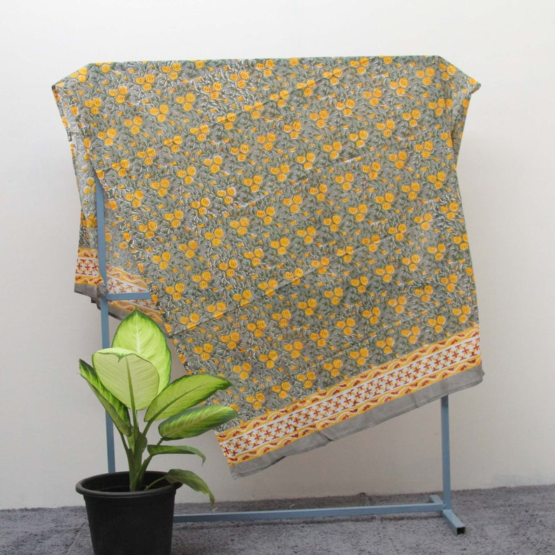 Fashion Beach Cover up Hand Block Print Voile Soft Cotton Sarong Long Scarf Boho Pareo