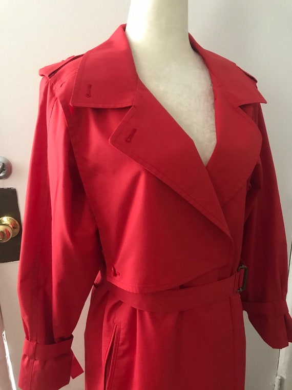 Vintage London Fog Trench coat, red, size 8 regul… - image 5