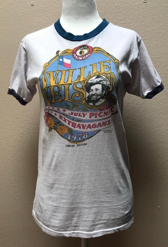Vintage 1970's Willie Nelson shirt