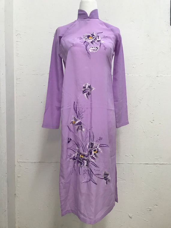 Vintage 1970's Chinoiserie violet dress