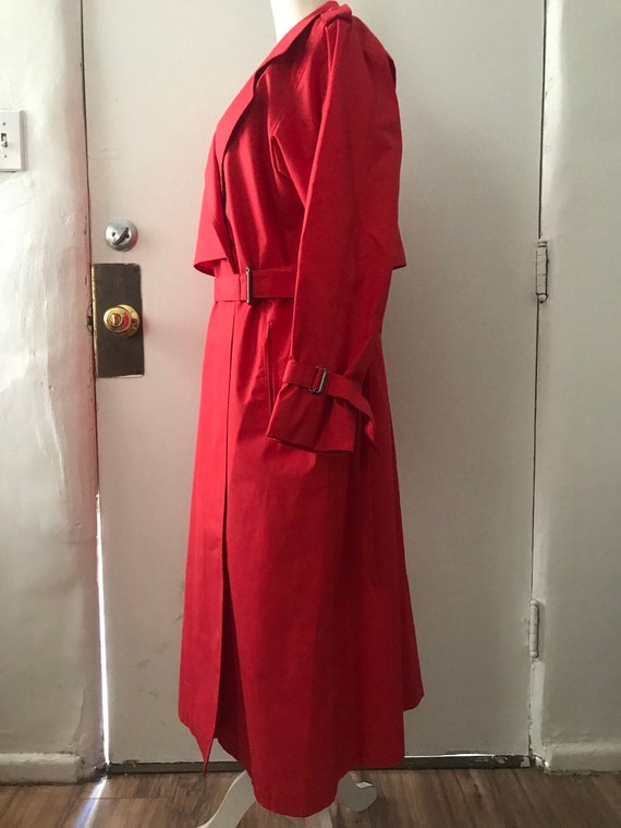 Vintage London Fog Trench coat, red, size 8 regul… - image 2