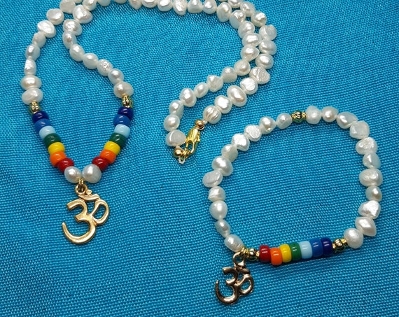Natural pearl necklace and bracelet with Czech crystal beads 7 chakras and OM symbol