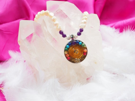 Natural pearl necklace with amethyst quartz and orgon pendant 7 chakras
