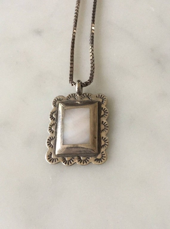 Vintage Native American Mother of Pearl Pendant