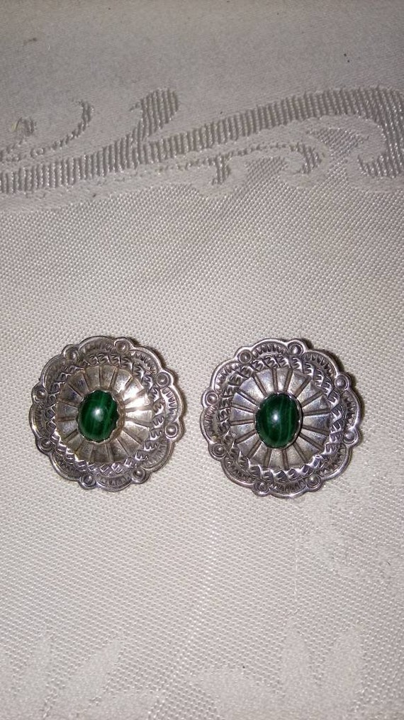 Vintage Native American Sterling And Malachite Ear